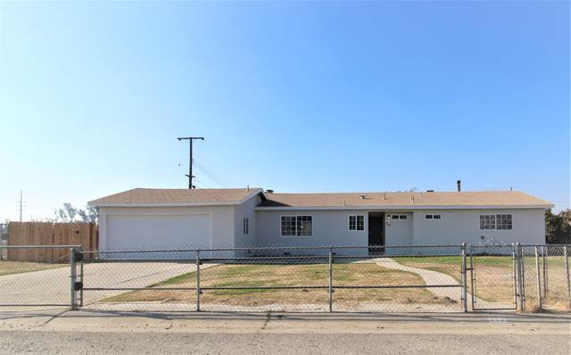 717 Montgomery Avenue, Porterville, CA 93257 (#208498) :: The Jillian Bos Team