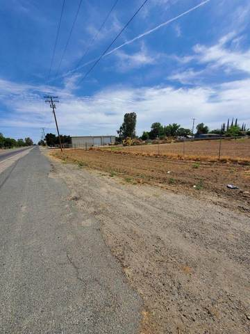 11891 S 10th Avenue, Hanford, CA 93230 (#208575) :: Your Fresno Realty | RE/MAX Gold