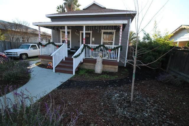 1127 S K Street, Reedley, CA 93654 (#208576) :: The Jillian Bos Team