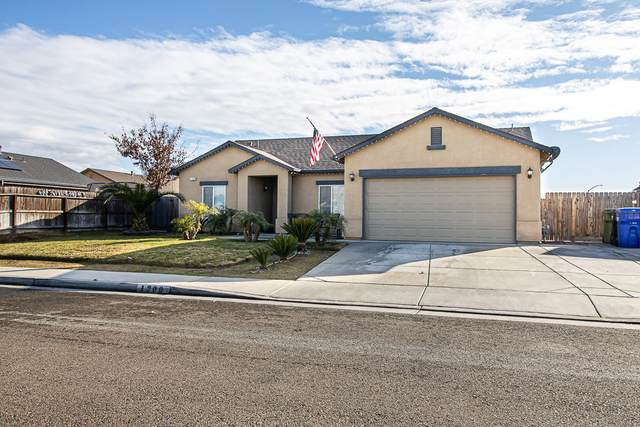 1300 Fort Worth Avenue, Dinuba, CA 93618 (#208599) :: The Jillian Bos Team