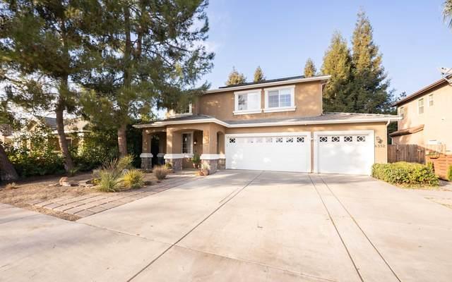 6332 W Thompson Avenue, Visalia, CA 93291 (#208705) :: The Jillian Bos Team