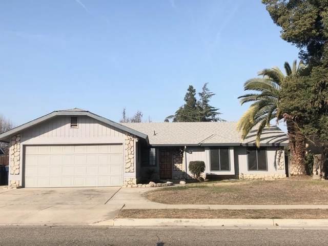 1642 E Sandalwood Avenue, Tulare, CA 93274 (#208783) :: The Jillian Bos Team