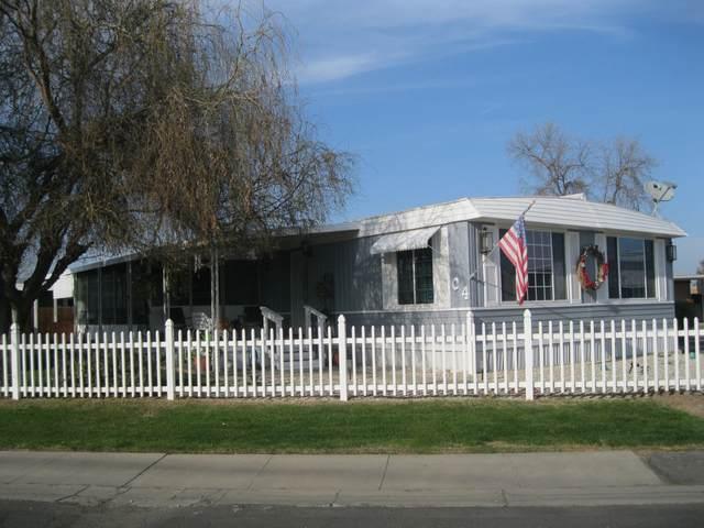 2400 W Midvalley Avenue C4, Visalia, CA 93277 (#208814) :: The Jillian Bos Team