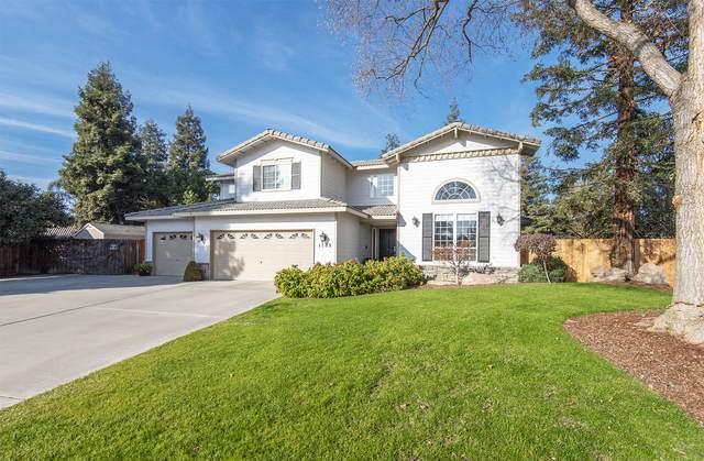 1709 S Shenandoah Street, Visalia, CA 93277 (#208828) :: The Jillian Bos Team