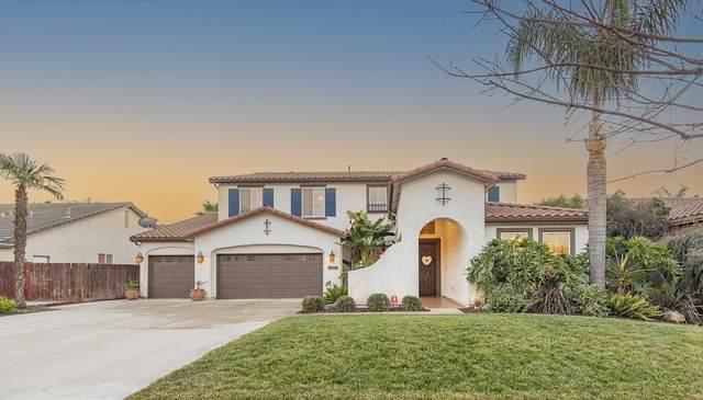 4221 W Sweet Court, Visalia, CA 93291 (#208844) :: The Jillian Bos Team