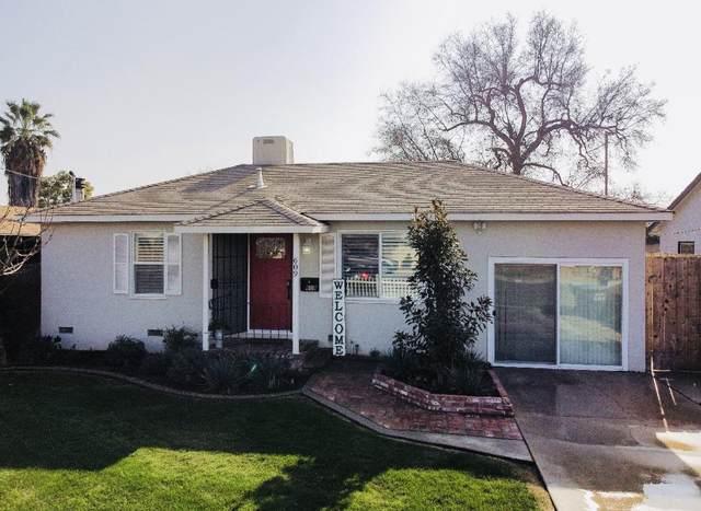 609 E Laurel Avenue, Visalia, CA 93292 (#208865) :: The Jillian Bos Team