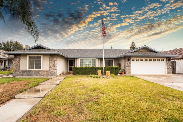 2347 W Roby Avenue, Porterville, CA 93257 (#208956) :: Robyn Icenhower & Associates