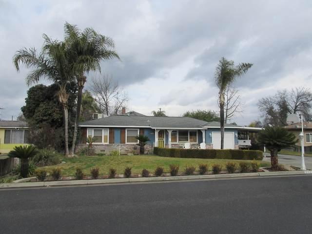 244 W Lois Avenue, Tulare, CA 93274 (#208961) :: Robyn Icenhower & Associates