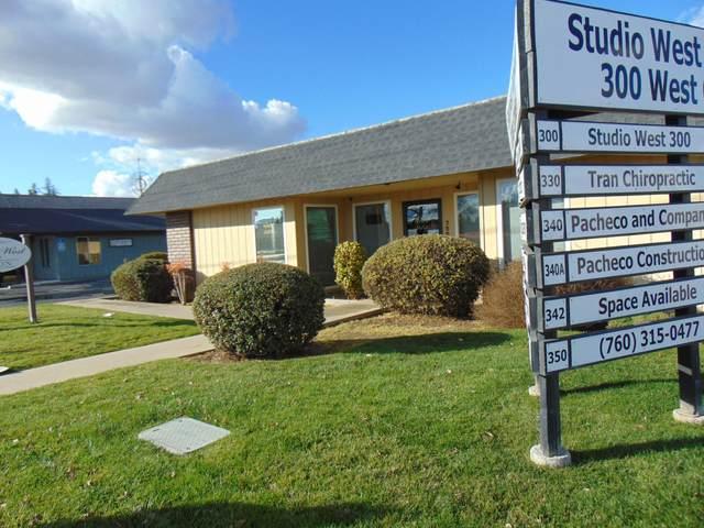 300 - 350 W Caldwell Avenue, Visalia, CA 93277 (#209104) :: Your Fresno Realty | RE/MAX Gold