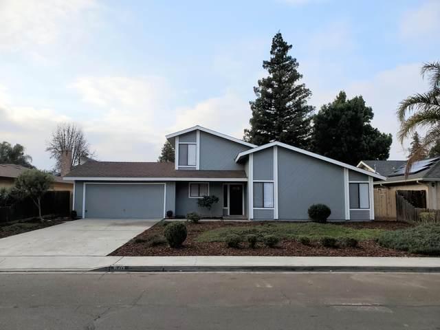 3003 W Ashland Avenue, Visalia, CA 93277 (#209148) :: Martinez Team