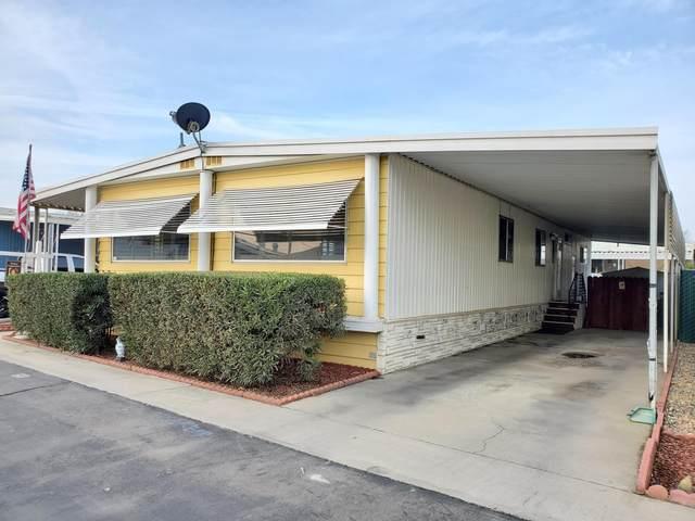 1255 W Grangeville Boulevard, Hanford, CA 93230 (#209270) :: Martinez Team