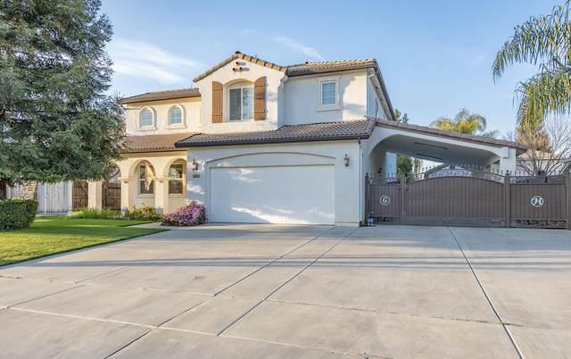 2938 W Glendale Avenue, Visalia, CA 93291 (#209475) :: Robyn Icenhower & Associates