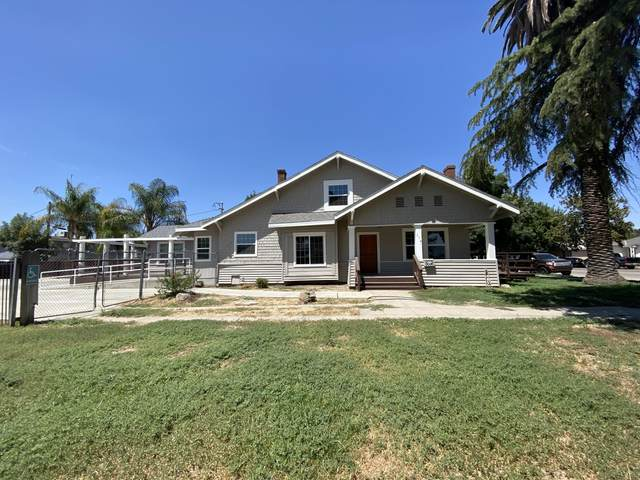 216 W Putnam Avenue, Porterville, CA 93257 (#209550) :: The Jillian Bos Team