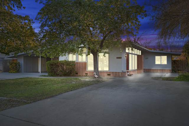 1703 S Dollner Street, Visalia, CA 93277 (#209575) :: Martinez Team
