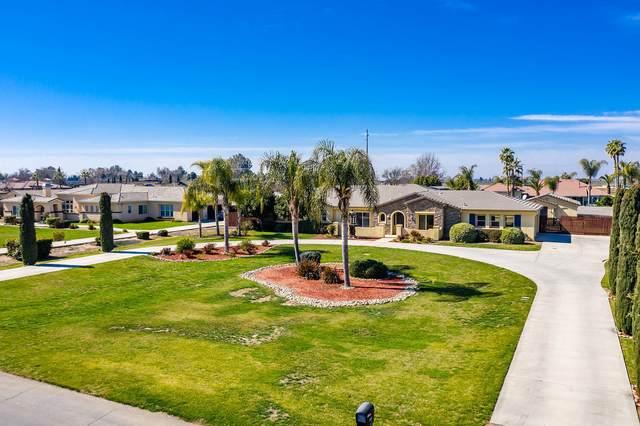 8590 Serrano Avenue, Hanford, CA 93230 (#209580) :: Martinez Team