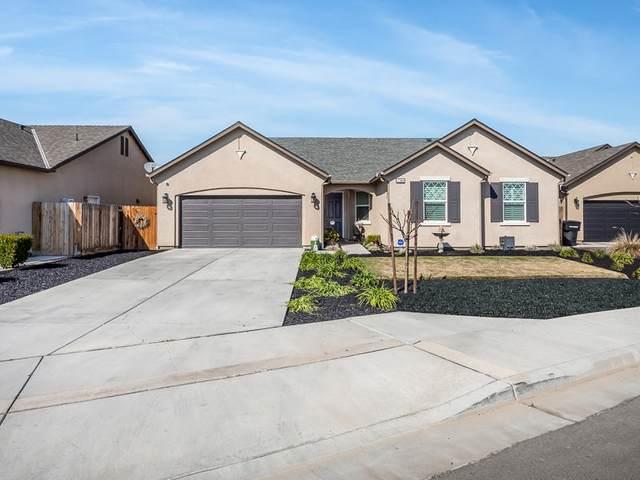 1380 Hoover Way Way, Hanford, CA 93230 (#209592) :: Martinez Team