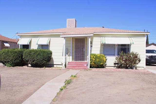 10 E Danner Avenue, Porterville, CA 93257 (#209629) :: The Jillian Bos Team