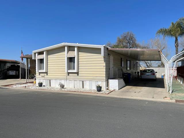 1343 W Morton Avenue #4, Porterville, CA 93257 (#209631) :: The Jillian Bos Team