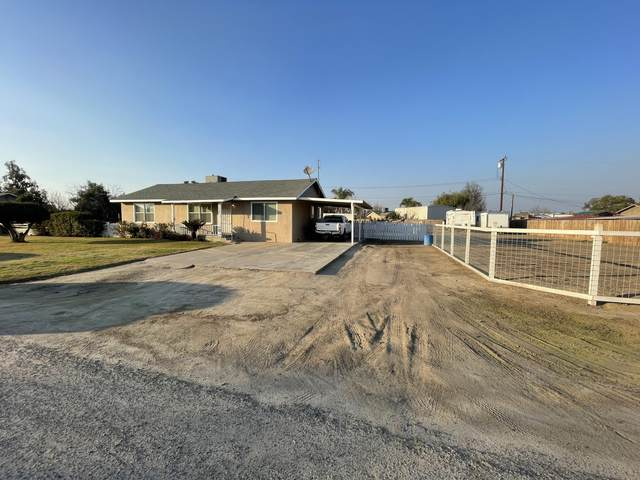 2496 W Sonora Avenue, Tulare, CA 93274 (#209706) :: The Jillian Bos Team