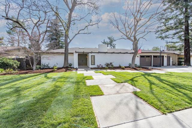 2919 W Hillsdale Avenue, Visalia, CA 93291 (#209718) :: Martinez Team