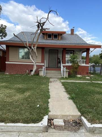 196 S Mirage Avenue, Lindsay, CA 93247 (#210010) :: Martinez Team