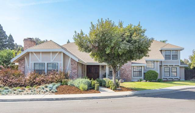3331 S Stevenson Court, Visalia, CA 93277 (#210097) :: The Jillian Bos Team