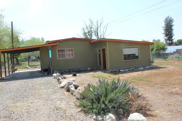 35285 Pine Drive, Springville, CA 93265 (#210165) :: The Jillian Bos Team