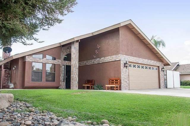 1187 E Fairview Avenue, Tulare, CA 93274 (#210189) :: The Jillian Bos Team