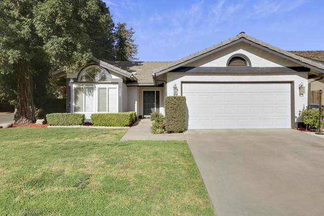 1007 N Atwood Street, Visalia, CA 93291 (#210272) :: The Jillian Bos Team