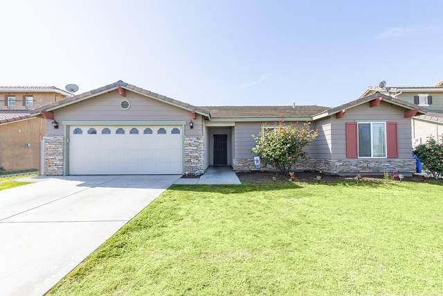 1079 W Ambassador Drive, Hanford, CA 93230 (#210277) :: The Jillian Bos Team
