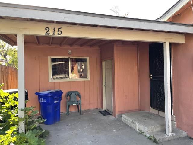 217 S Kessing Street, Porterville, CA 93257 (#210302) :: Martinez Team