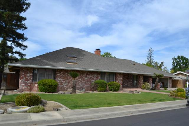 3730 Damsen Avenue, Visalia, CA 93291 (#210313) :: The Jillian Bos Team