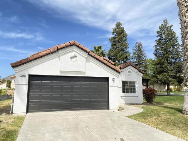 32692 Greene Drive, Springville, CA 93265 (#210318) :: The Jillian Bos Team