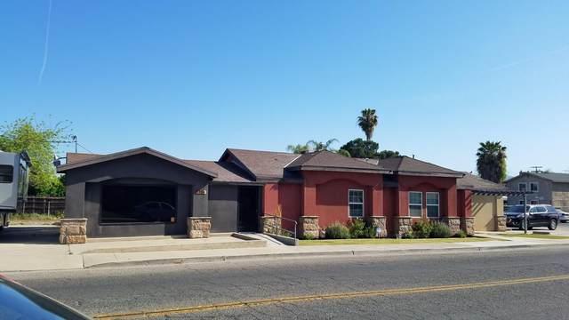 320 W Putnam Avenue, Porterville, CA 93257 (#210329) :: Martinez Team
