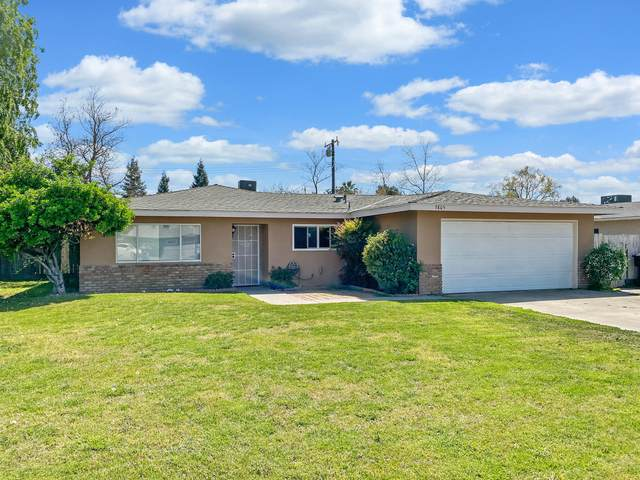 3805 W Cambridge Avenue, Visalia, CA 93277 (#210378) :: Robyn Icenhower & Associates
