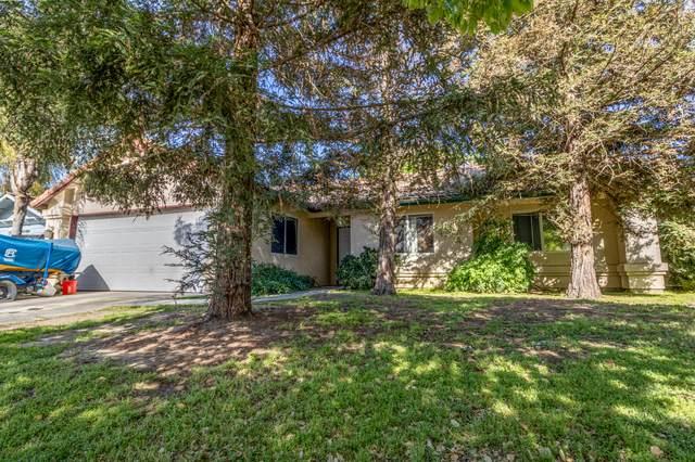 1987 Cypress Cove Drive, Tulare, CA 93274 (#210393) :: The Jillian Bos Team