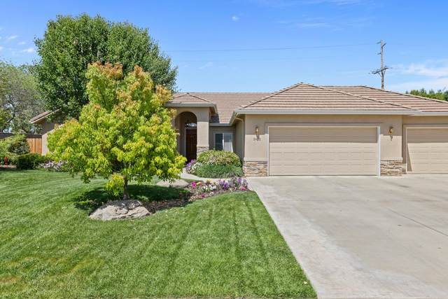 2492 Cricklewood Court, Porterville, CA 93257 (#210417) :: Martinez Team