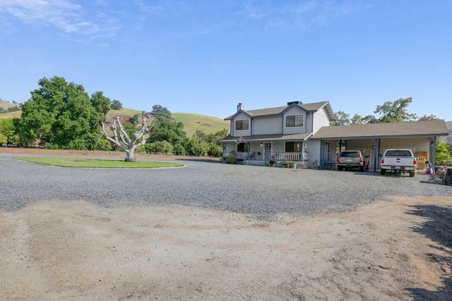 31409 Success Valley Drive, Porterville, CA 93257 (#210457) :: Martinez Team