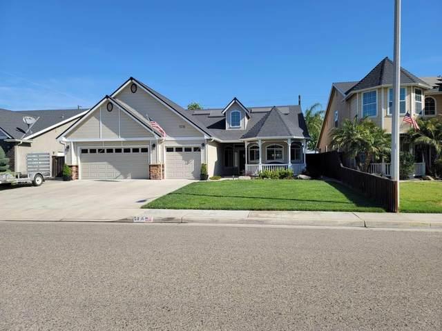 5016 W Lark Avenue, Visalia, CA 93291 (#210526) :: Robyn Icenhower & Associates