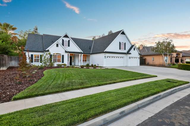 2419 Dover Canyon Drive, Tulare, CA 93274 (#210530) :: Robyn Icenhower & Associates