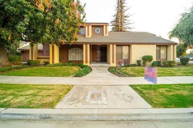 401 E Lois Avenue, Tulare, CA 93274 (#210539) :: Martinez Team