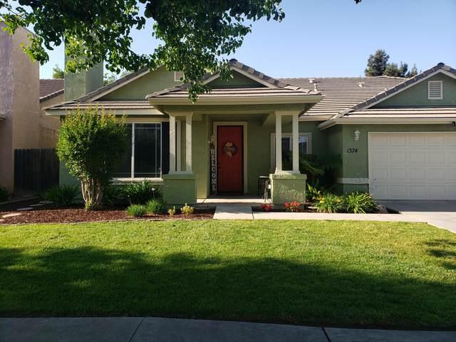 1374 Clarete Court, Tulare, CA 93274 (#210584) :: The Jillian Bos Team