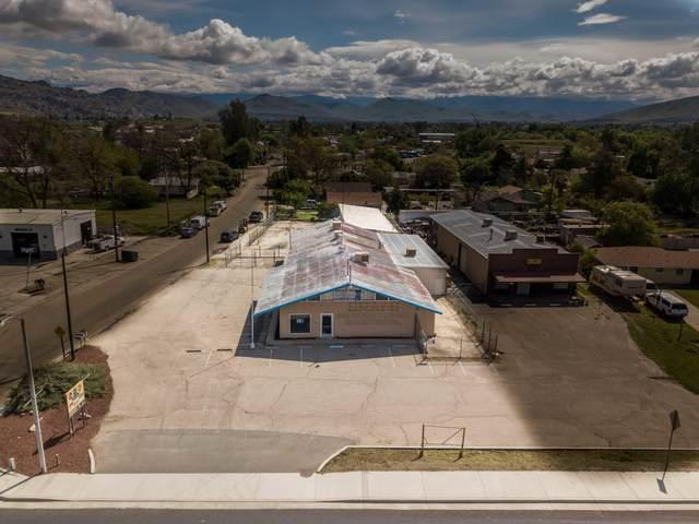 482 S Plano Street, Porterville, CA 93257 (#210630) :: Martinez Team