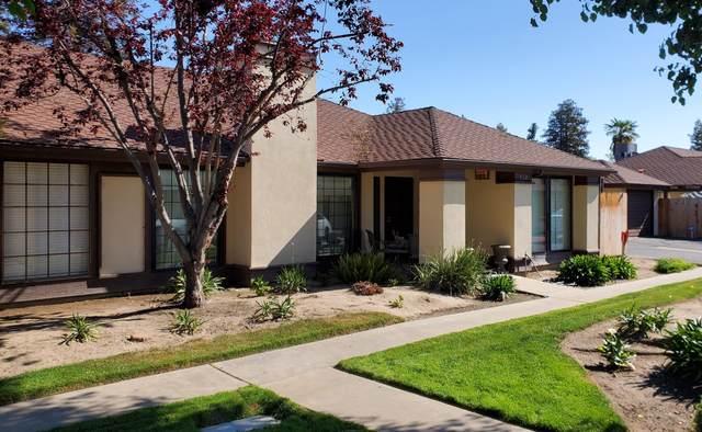 432 E Prosperity Avenue, Tulare, CA 93274 (#210631) :: The Jillian Bos Team