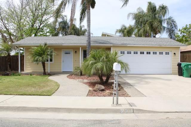 531 N Lombardi Street, Porterville, CA 93257 (#210634) :: Robyn Icenhower & Associates