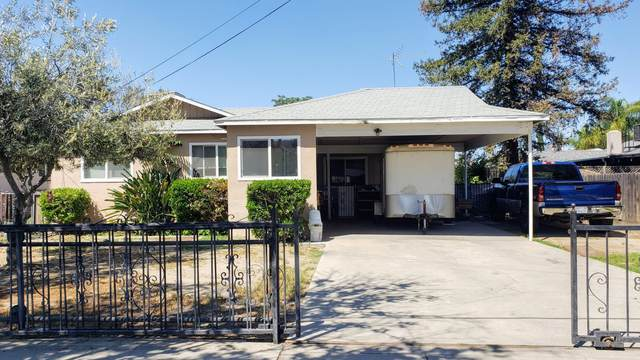 601 S Spruce Street, Tulare, CA 93274 (#210682) :: Martinez Team