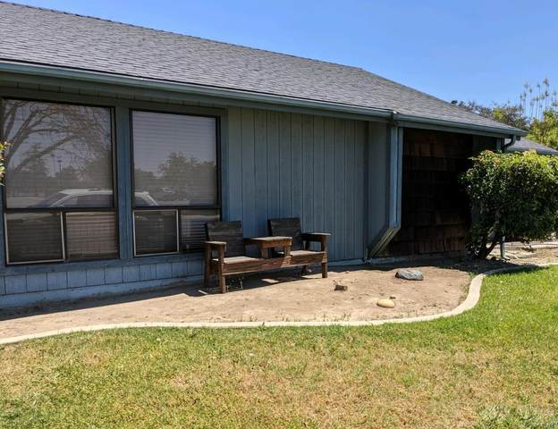 470 N Cherry Street, Tulare, CA 93274 (#210683) :: Robyn Icenhower & Associates