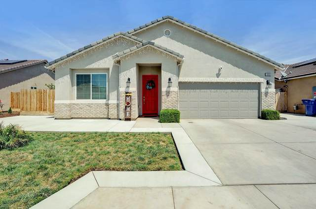 3068 Ferro Avenue, Tulare, CA 93274 (#210721) :: Martinez Team