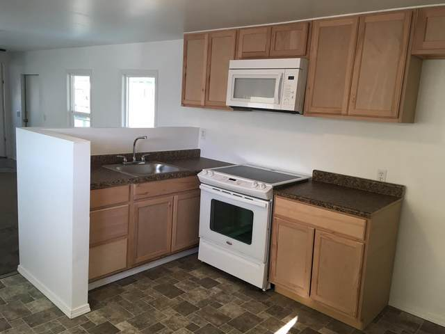 314 Albert Avenue #54, Exeter, CA 93221 (#210739) :: Your Fresno Realty | RE/MAX Gold