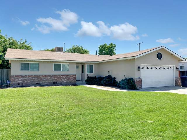 3300 S Hall Street, Visalia, CA 93277 (#210800) :: The Jillian Bos Team